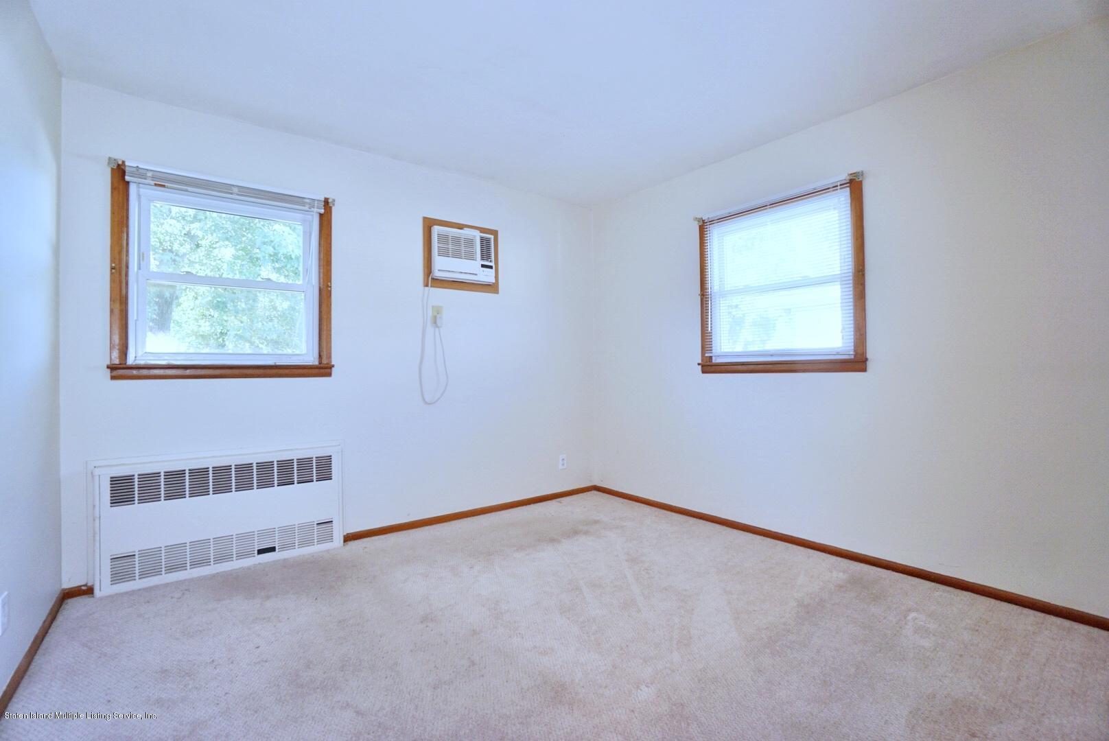 Single Family - Detached 215 Fairbanks Avenue  Staten Island, NY 10306, MLS-1138817-24