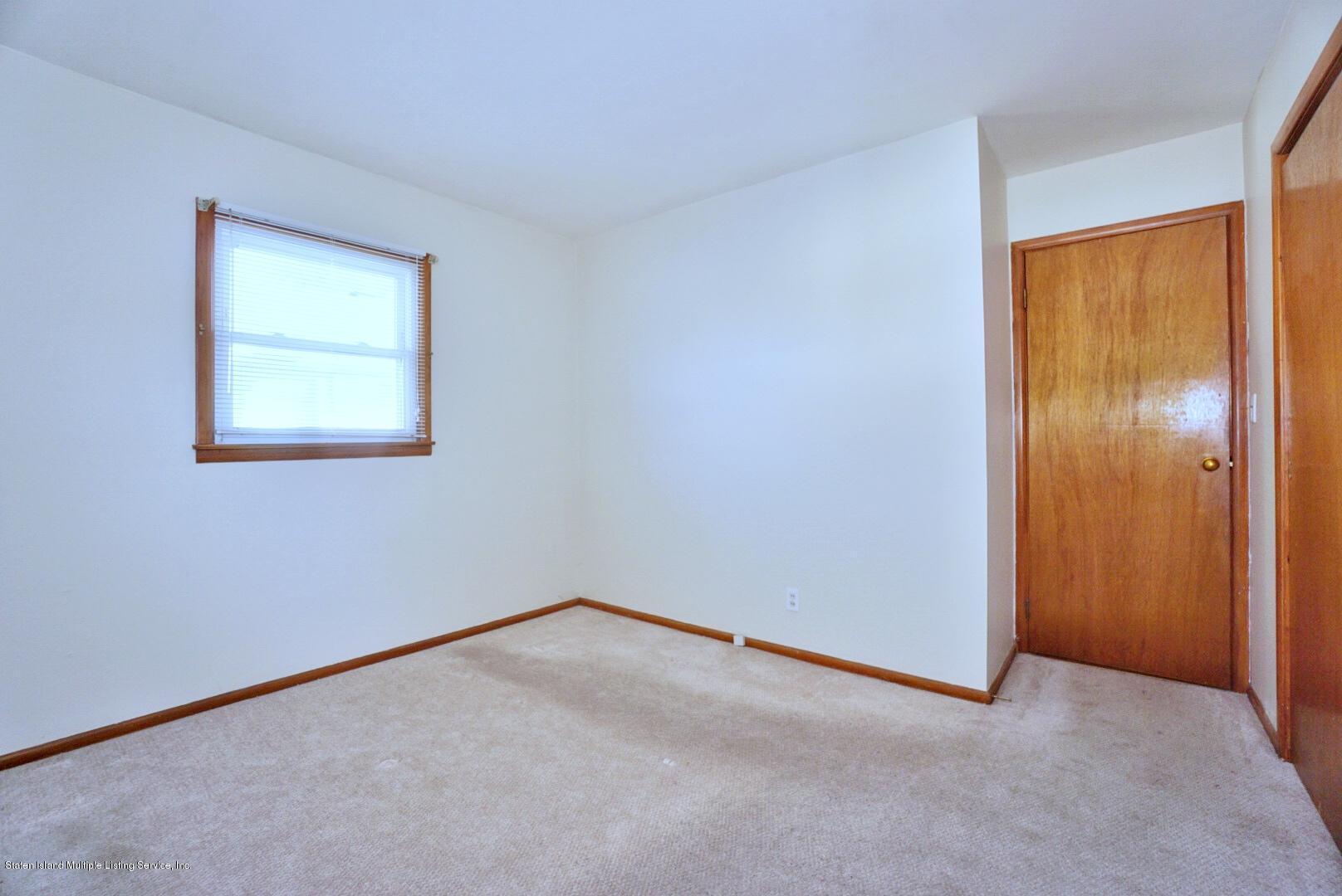Single Family - Detached 215 Fairbanks Avenue  Staten Island, NY 10306, MLS-1138817-25