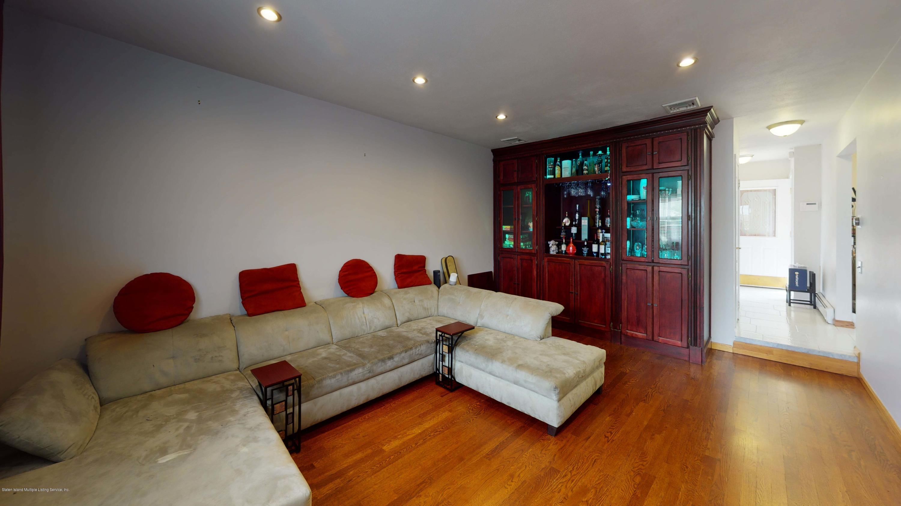 Single Family - Detached 129 Lucille Avenue  Staten Island, NY 10309, MLS-1135888-6