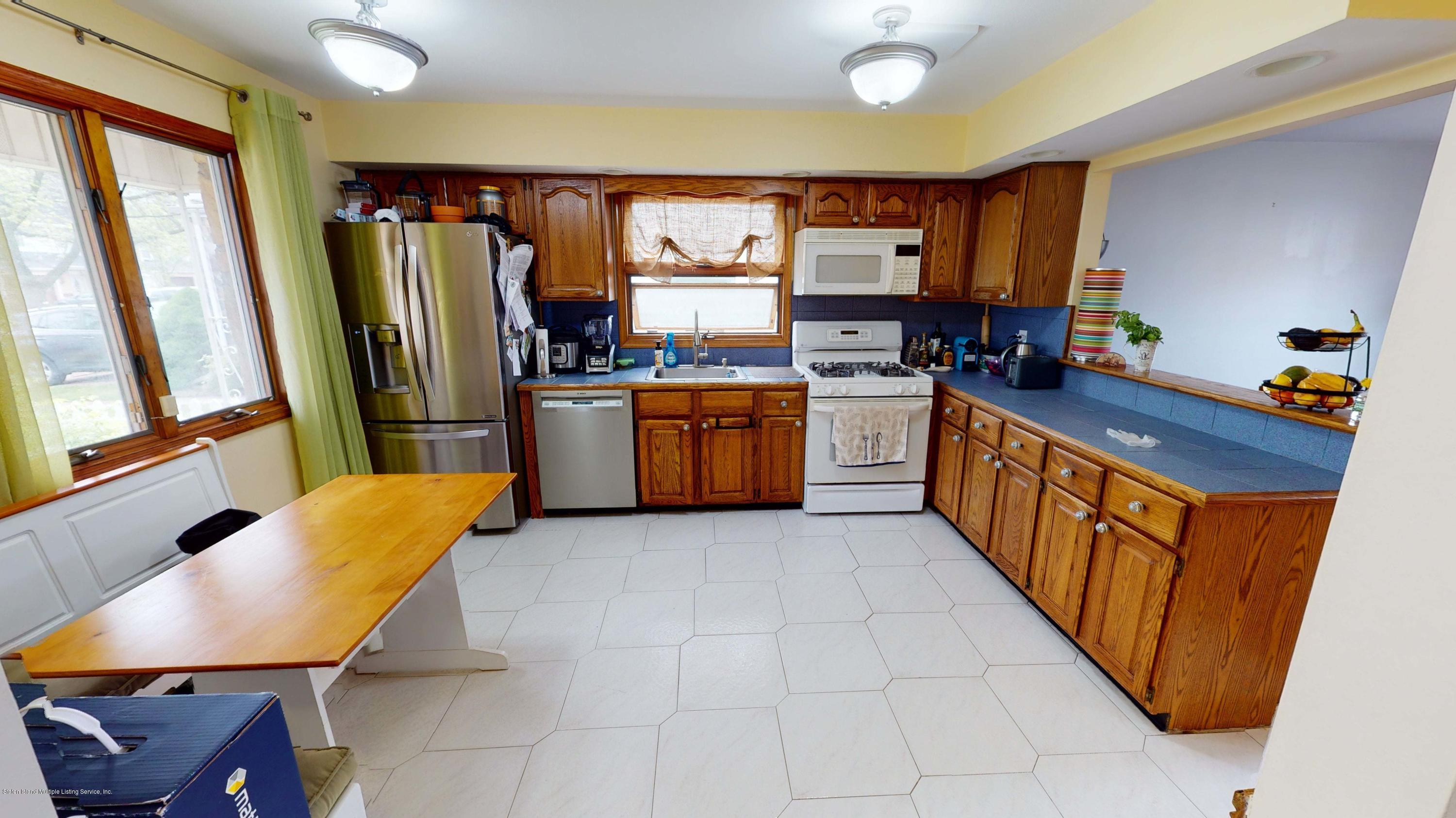 Single Family - Detached 129 Lucille Avenue  Staten Island, NY 10309, MLS-1135888-13
