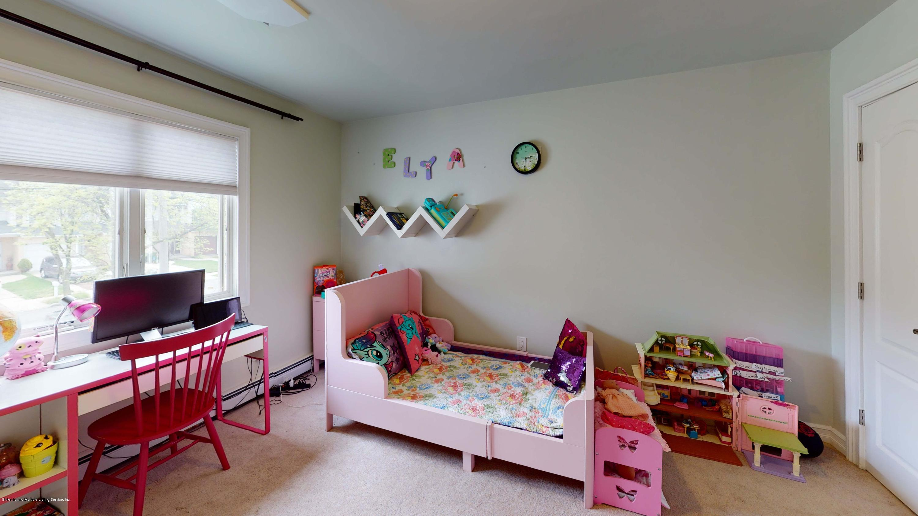 Single Family - Detached 129 Lucille Avenue  Staten Island, NY 10309, MLS-1135888-18