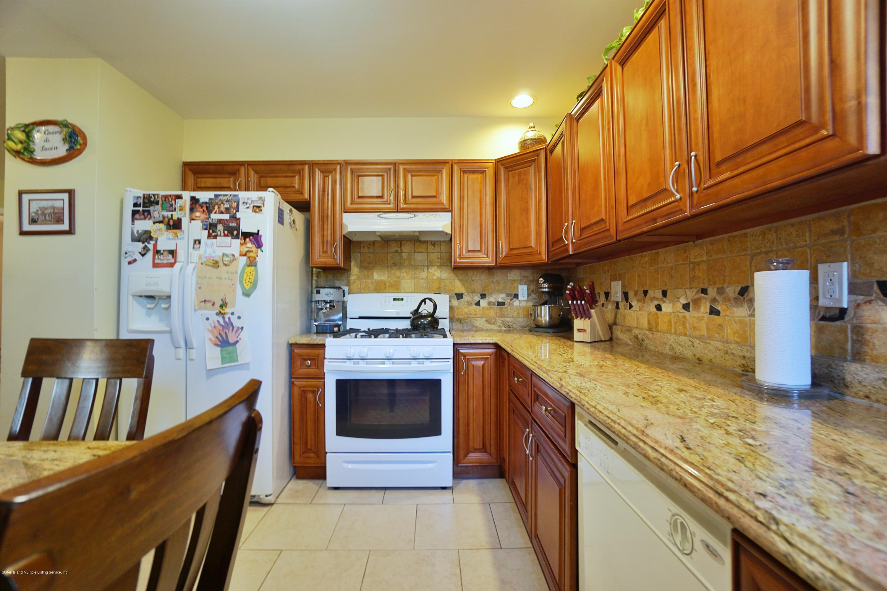 Two Family - Detached 711 Tompkins Ave   Staten Island, NY 10305, MLS-1138826-57