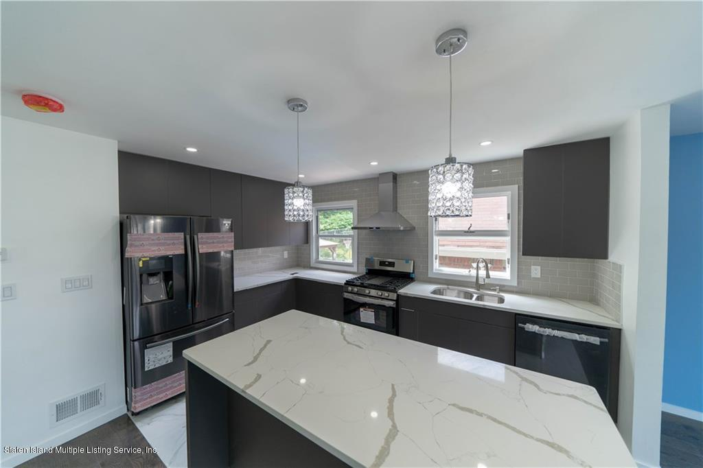 Single Family - Detached 330 Little Clove Road  Staten Island, NY 10301, MLS-1138893-9