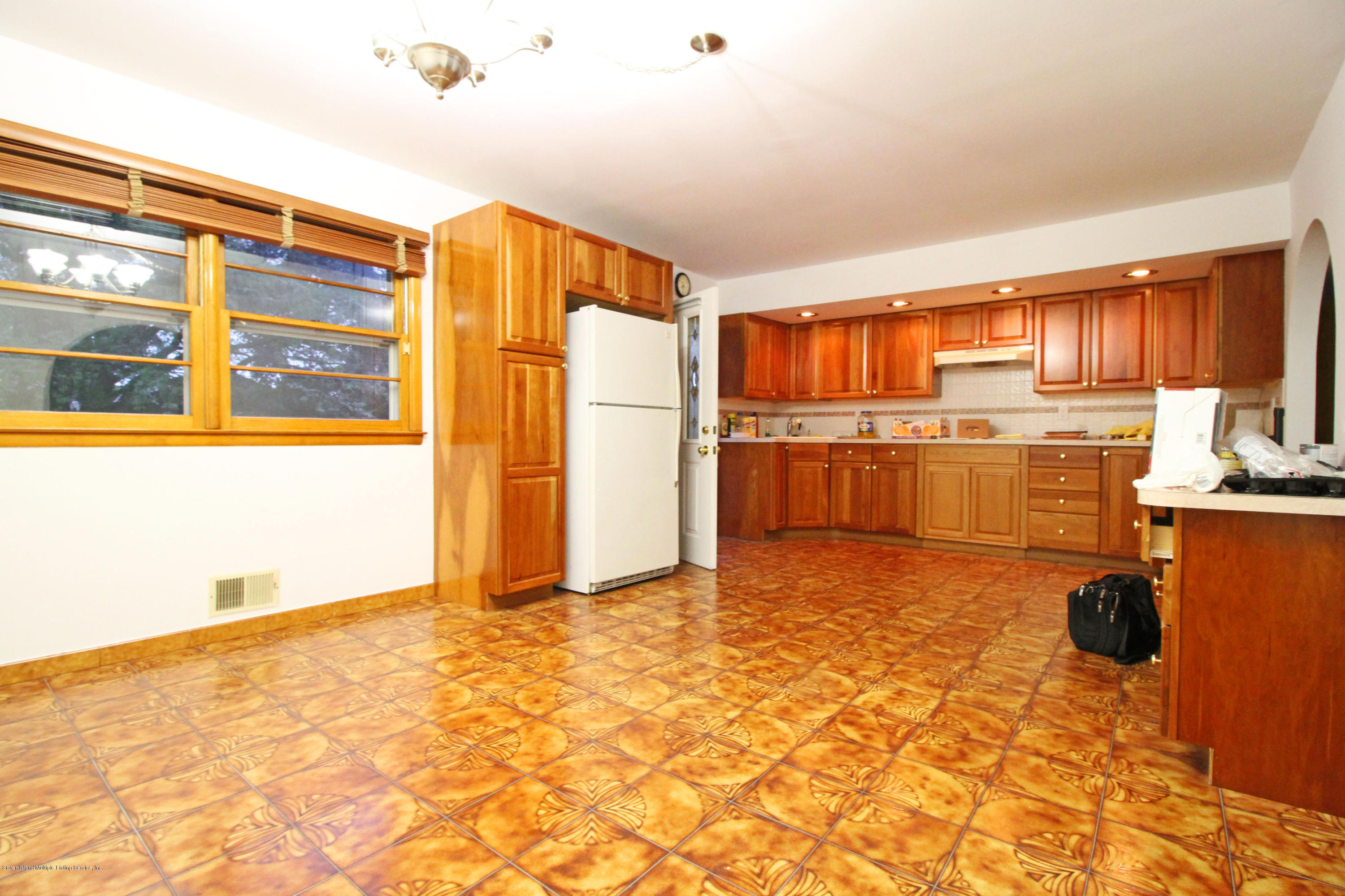 Single Family - Detached 547 Stafford Avenue  Staten Island, NY 10312, MLS-1138967-10