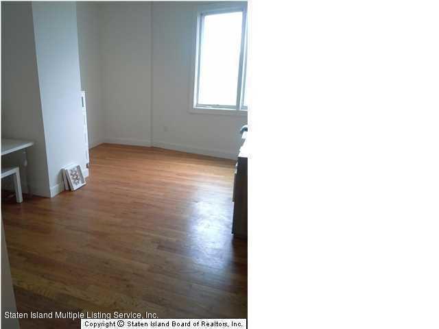 Condo 90 Bay  Street Landing 4l  Staten Island, NY 10301, MLS-1139007-11