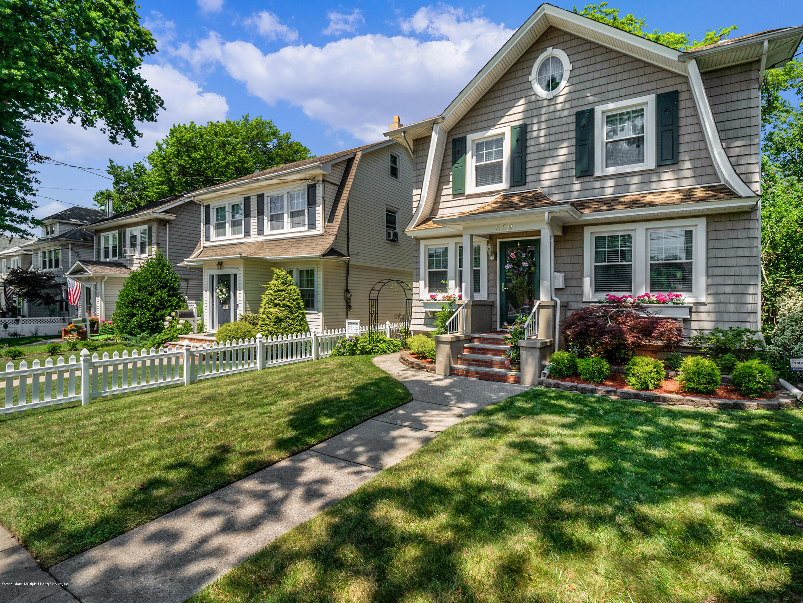 Single Family - Detached in Sunset Hill - 229 Morrison Avenue  Staten Island, NY 10310