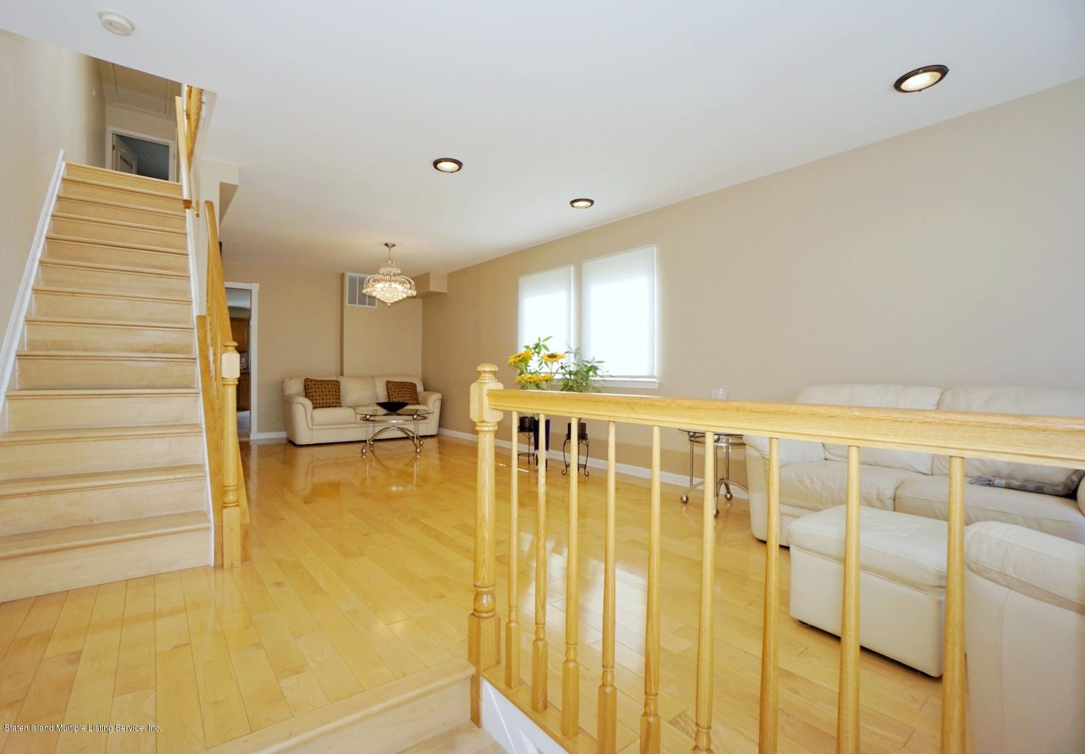 Single Family - Semi-Attached 18 Dunhill Lane  Staten Island, NY 10309, MLS-1139055-3