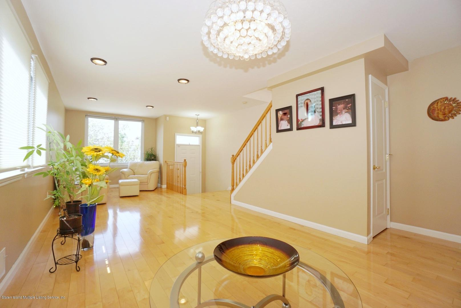Single Family - Semi-Attached 18 Dunhill Lane  Staten Island, NY 10309, MLS-1139055-6