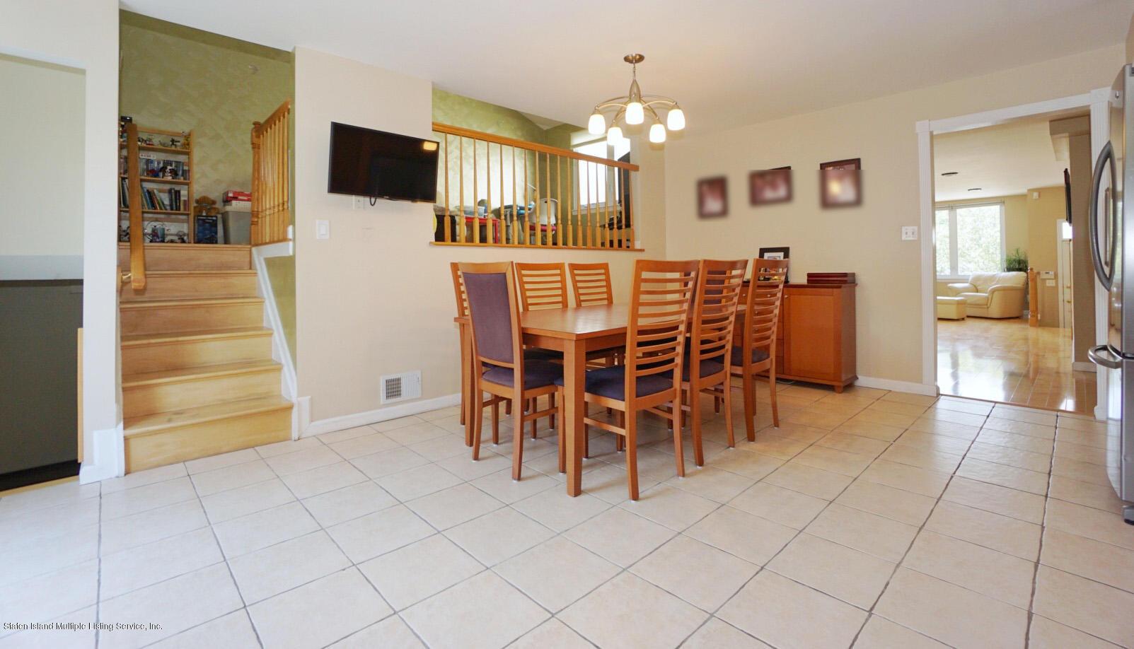 Single Family - Semi-Attached 18 Dunhill Lane  Staten Island, NY 10309, MLS-1139055-8