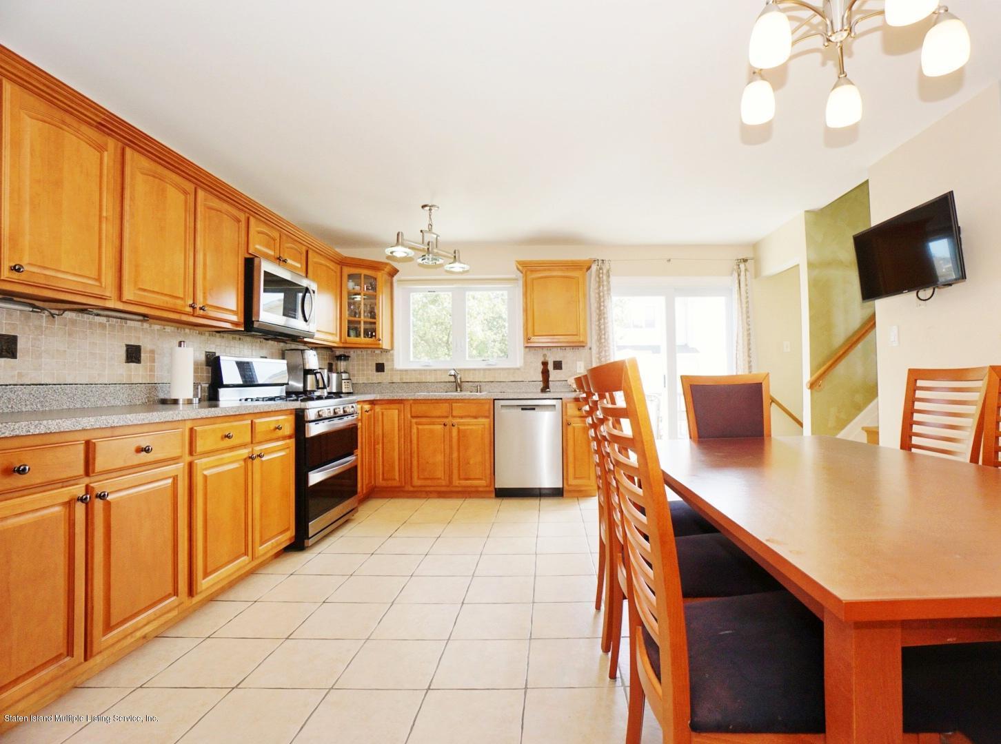 Single Family - Semi-Attached 18 Dunhill Lane  Staten Island, NY 10309, MLS-1139055-10