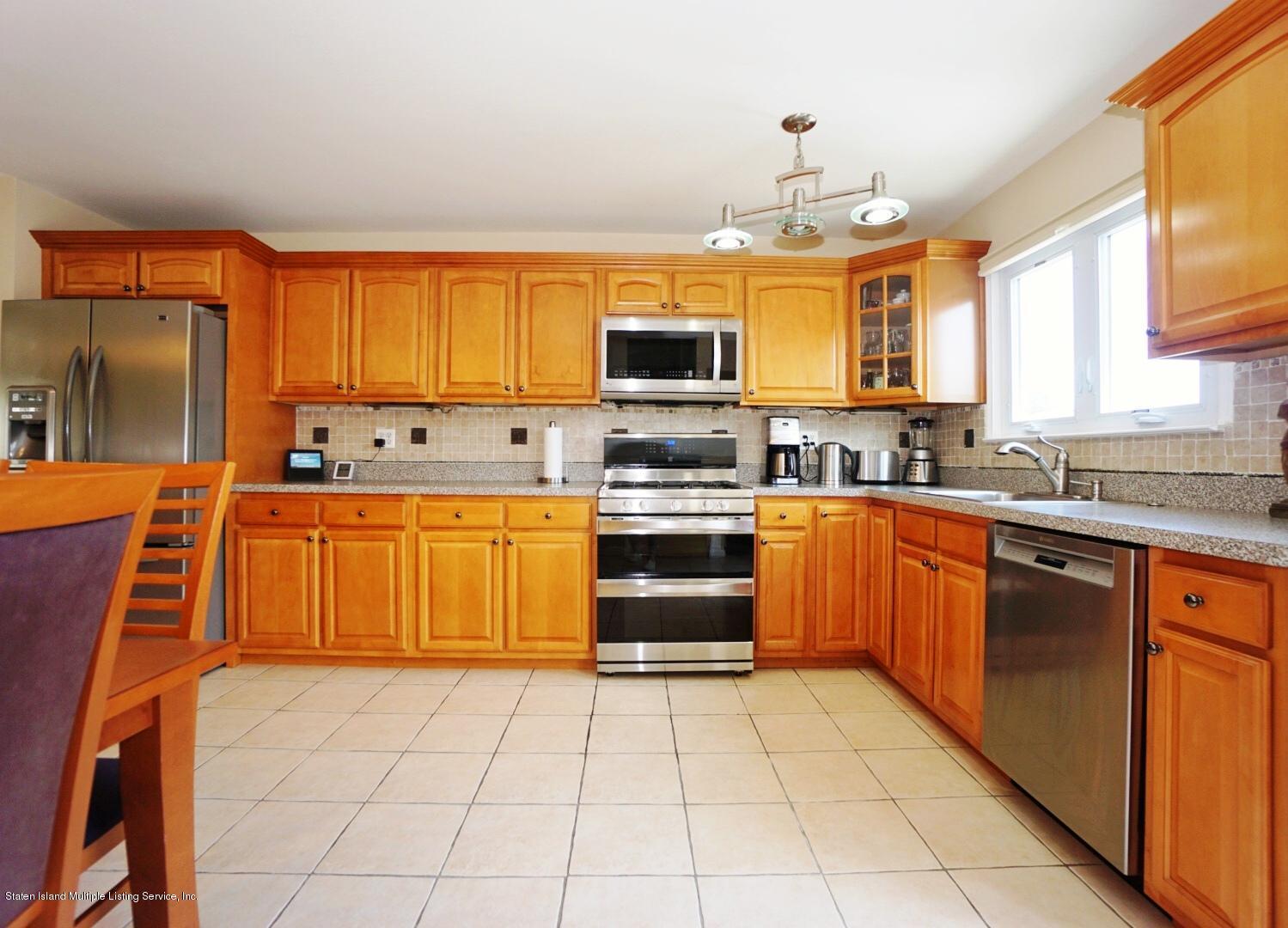 Single Family - Semi-Attached 18 Dunhill Lane  Staten Island, NY 10309, MLS-1139055-12