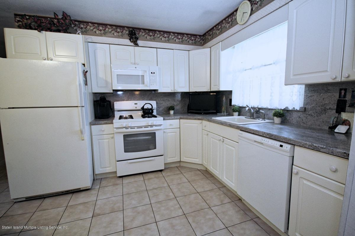 Single Family - Detached 285 Ashland Avenue  Staten Island, NY 10309, MLS-1139179-11