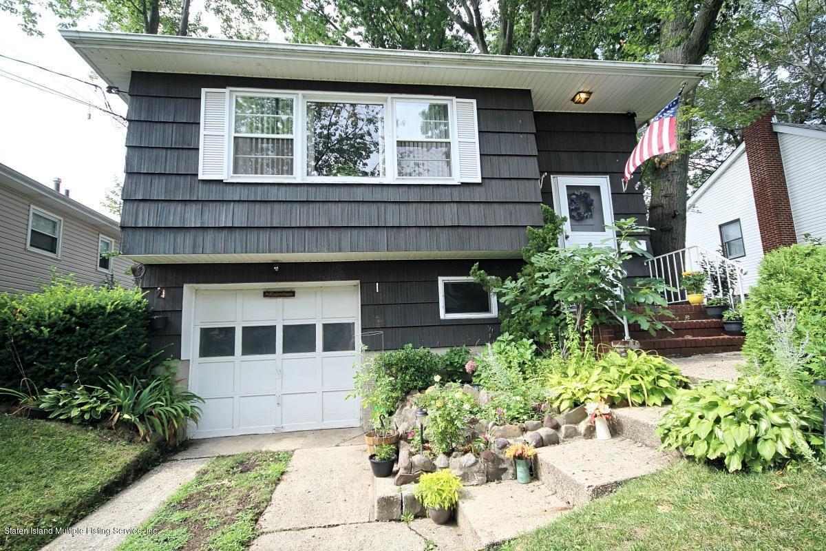 Single Family - Detached in Princes Bay - 285 Ashland Avenue  Staten Island, NY 10309
