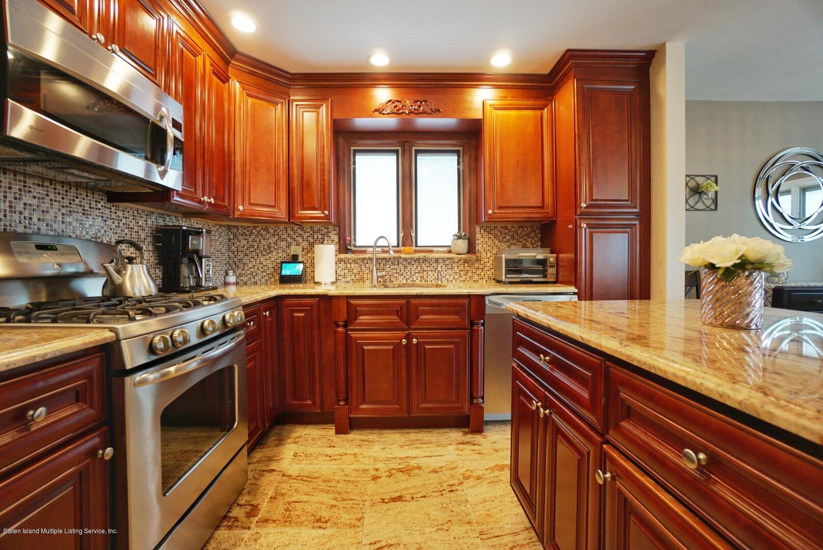 Single Family - Detached 579 Carlton Boulevard  Staten Island, NY 10312, MLS-1139227-21