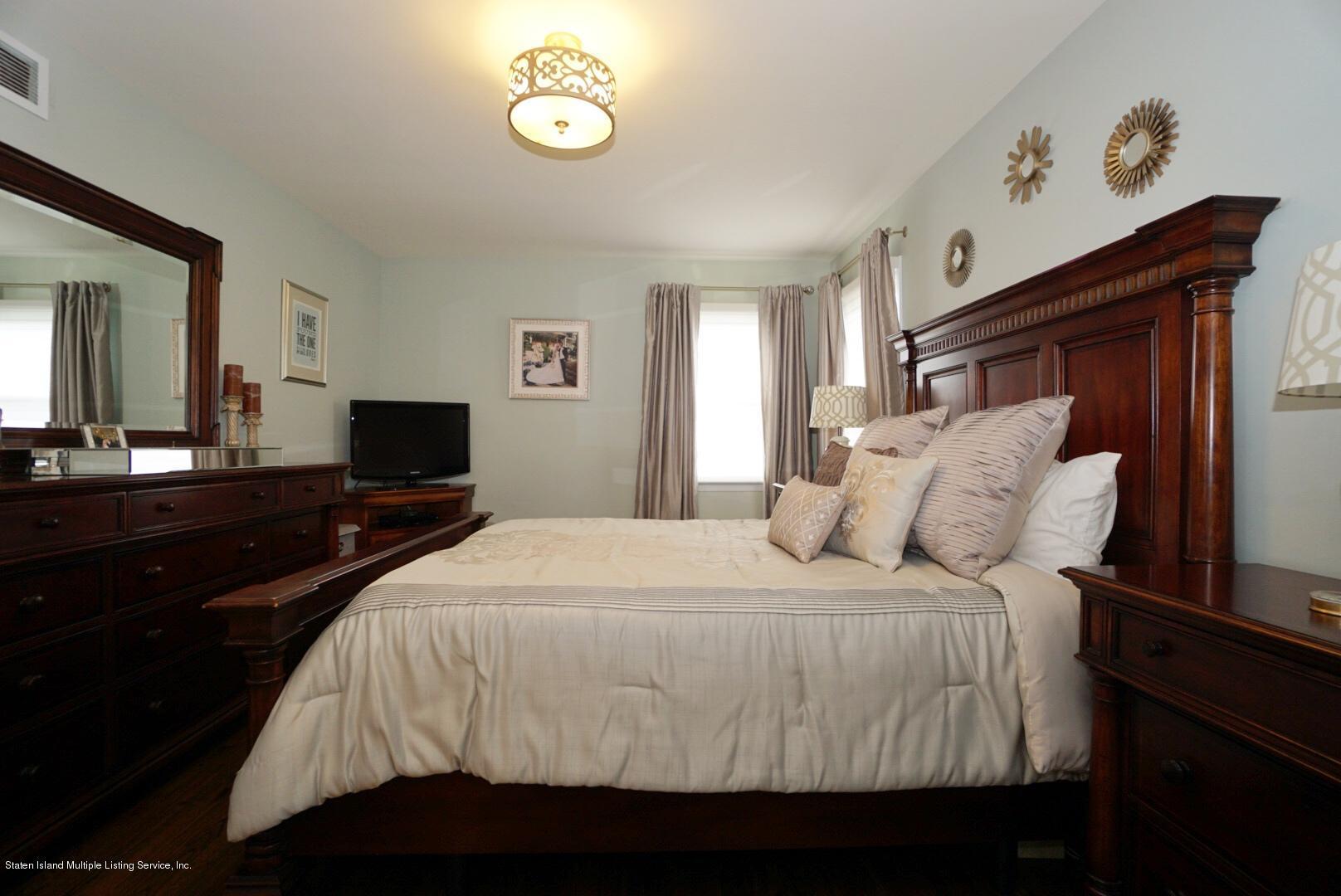 Single Family - Detached 579 Carlton Boulevard  Staten Island, NY 10312, MLS-1139227-27