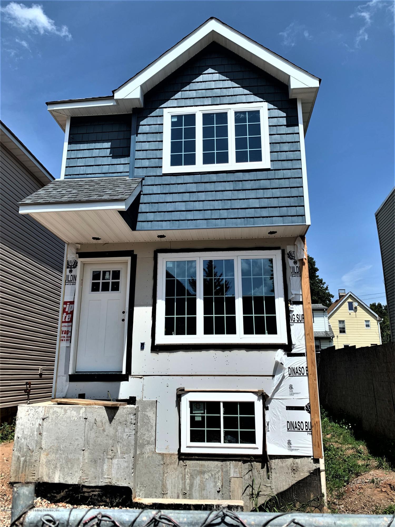 Single Family - Detached 5 Smith Street  Staten Island, NY 10305, MLS-1139250-17