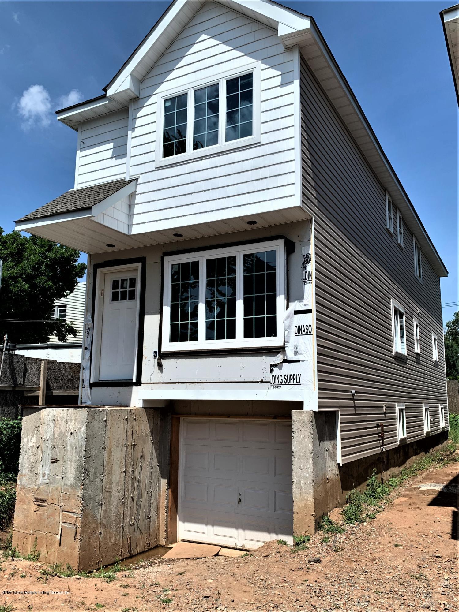 Single Family - Detached 5 Smith Street  Staten Island, NY 10305, MLS-1139250-16