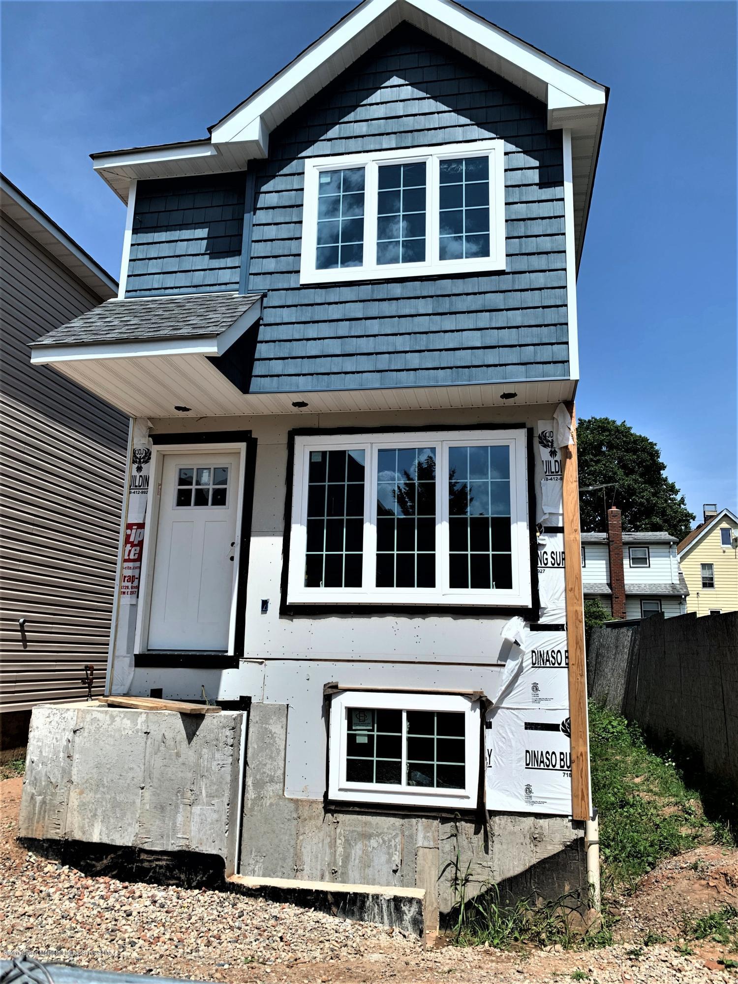 Single Family - Detached 7 Smith Street  Staten Island, NY 10305, MLS-1139251-6