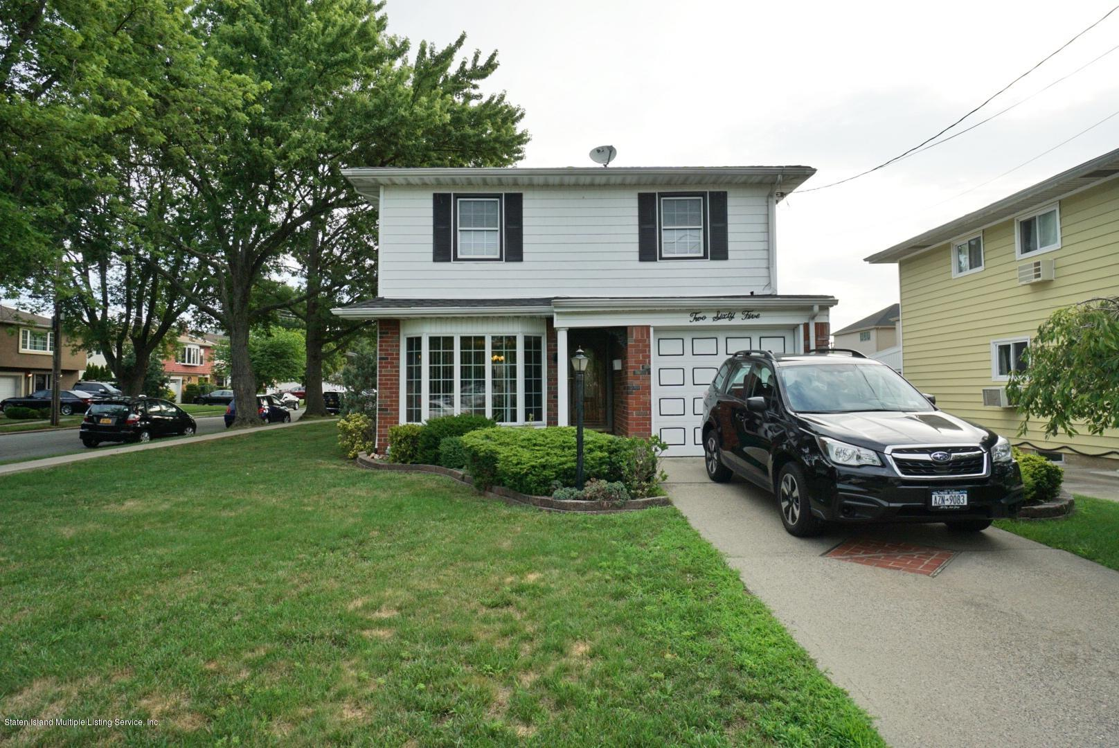 Single Family - Detached 265 Adelaide Avenue  Staten Island, NY 10306, MLS-1139235-2