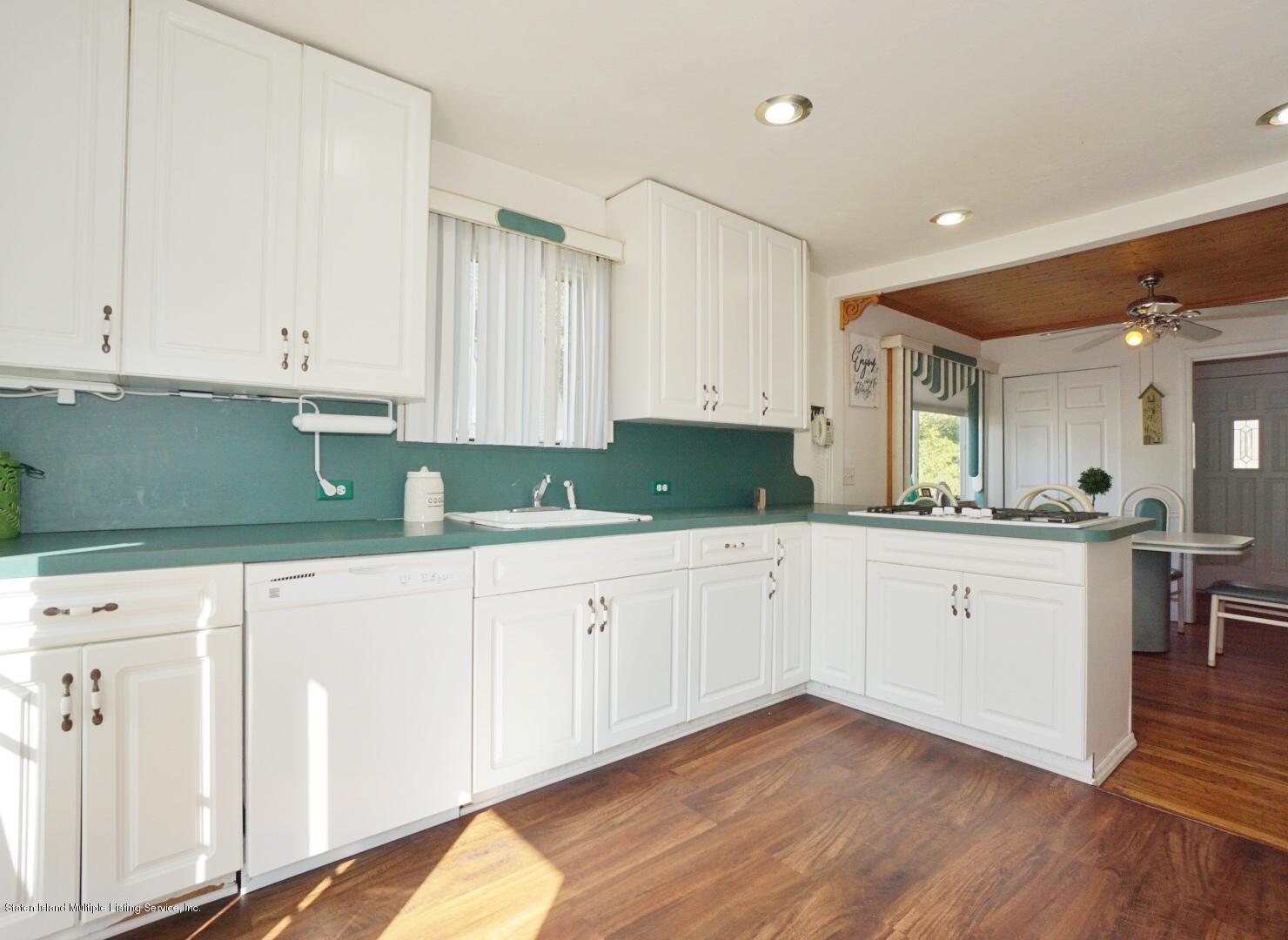 Single Family - Detached 5 Dent Road  Staten Island, NY 10308, MLS-1139408-13