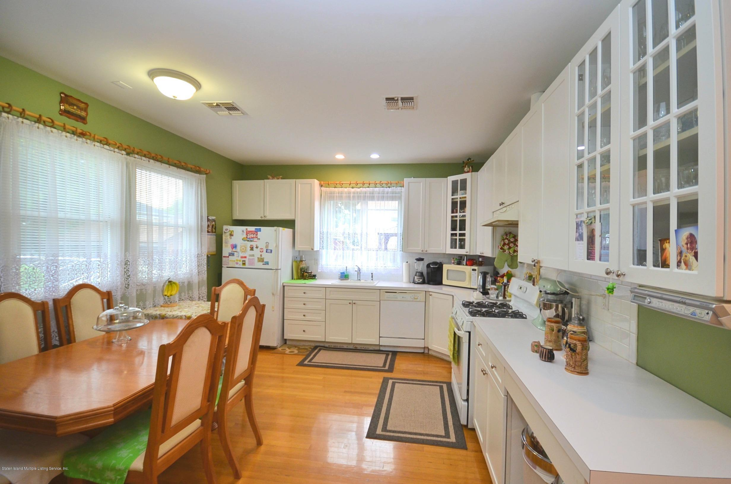 Two Family - Semi-Attached 984 Manor Road  Staten Island, NY 10314, MLS-1139616-11
