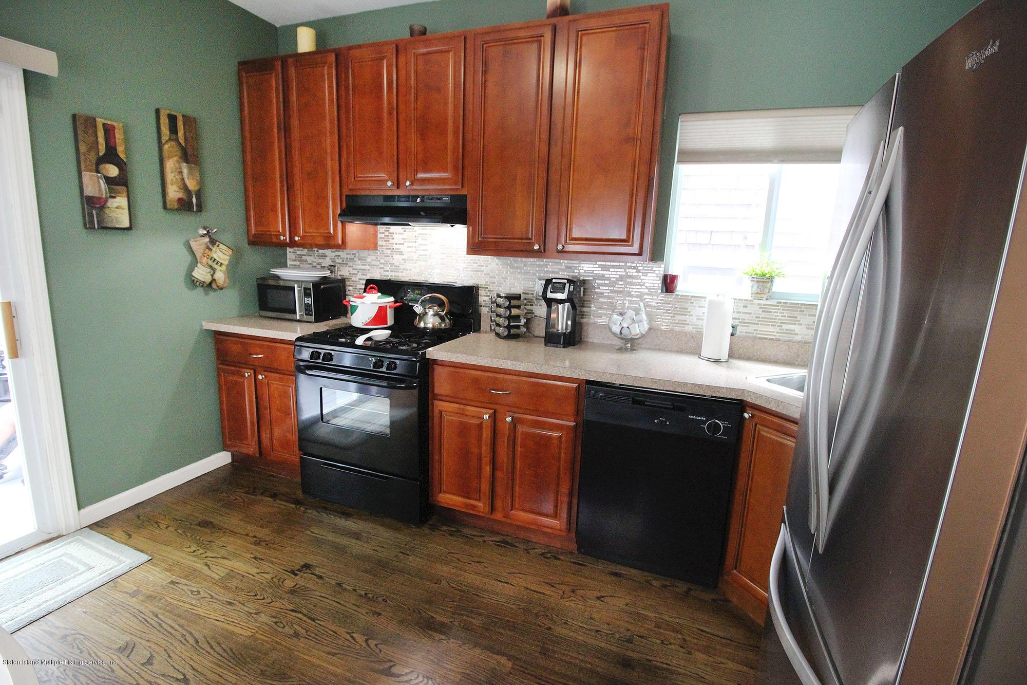 Single Family - Detached 218 Hamilton Avenue  Staten Island, NY 10301, MLS-1139850-6