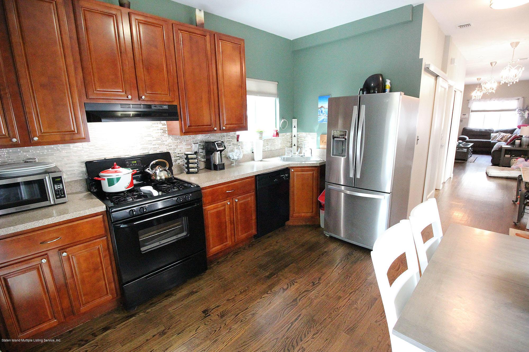 Single Family - Detached 218 Hamilton Avenue  Staten Island, NY 10301, MLS-1139850-7