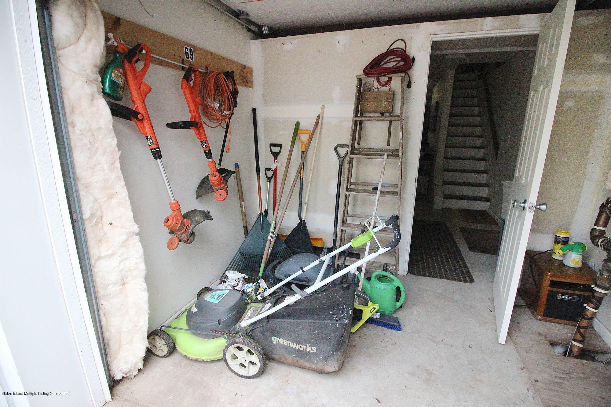 Single Family - Detached 218 Hamilton Avenue  Staten Island, NY 10301, MLS-1139850-19