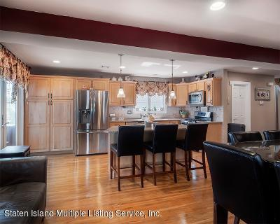 Two Family - Detached 25 Ruxton Avenue  Staten Island, NY 10312, MLS-1140002-12