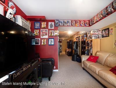 Two Family - Detached 25 Ruxton Avenue  Staten Island, NY 10312, MLS-1140002-27