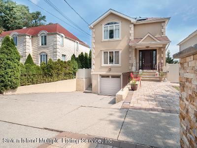 Two Family - Detached 25 Ruxton Avenue  Staten Island, NY 10312, MLS-1140002-4
