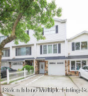 2 Bedroom, 2 Bath Single Family Home in the Desirable Village Greens. New Windows, Doors, Kitchen, & Baths.