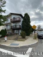 60 Blueberry Lane, Staten Island, NY 10312