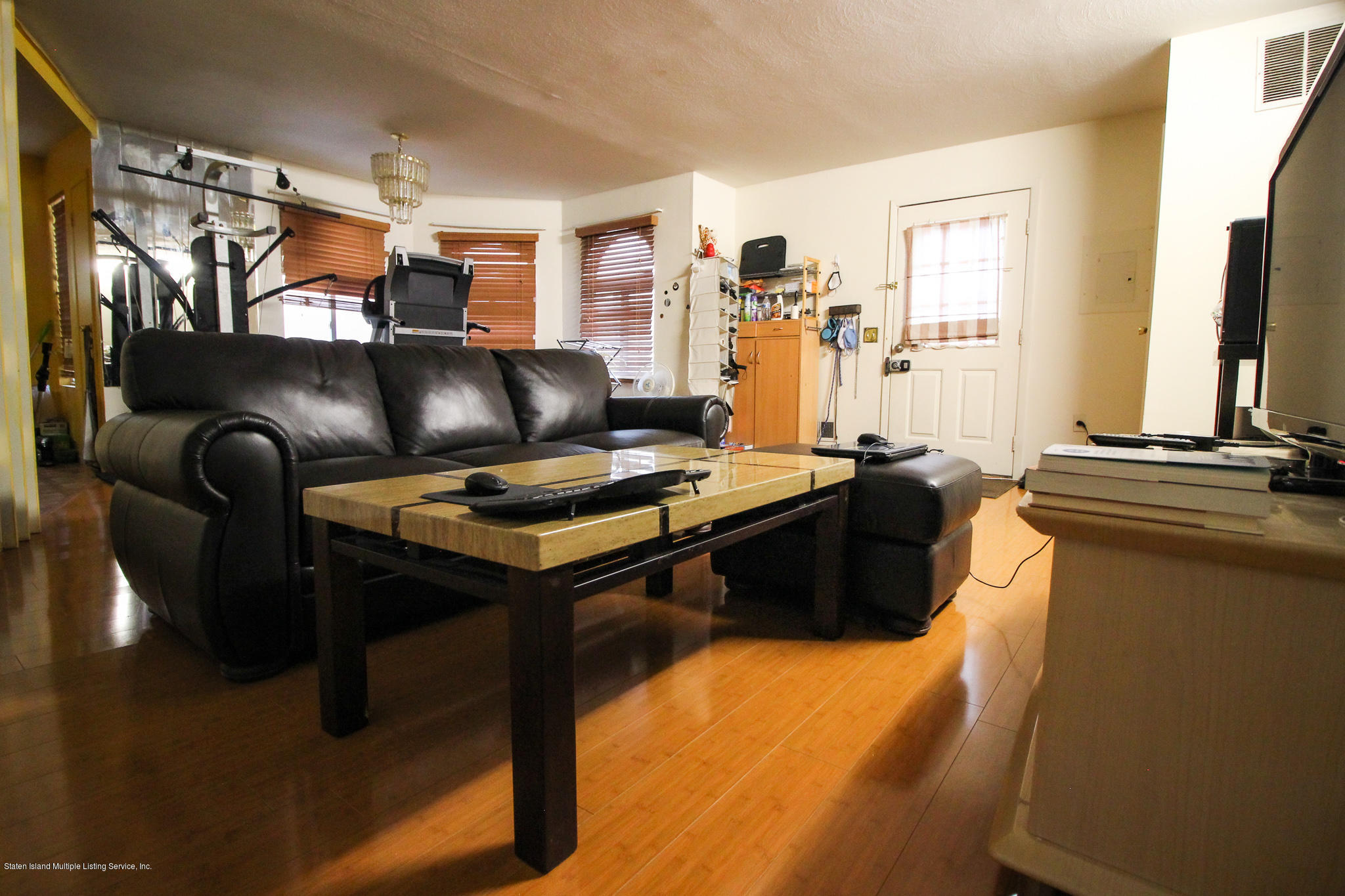 Single Family - Attached 86 Country Drive S Drive  Staten Island, NY 10314, MLS-1141008-4