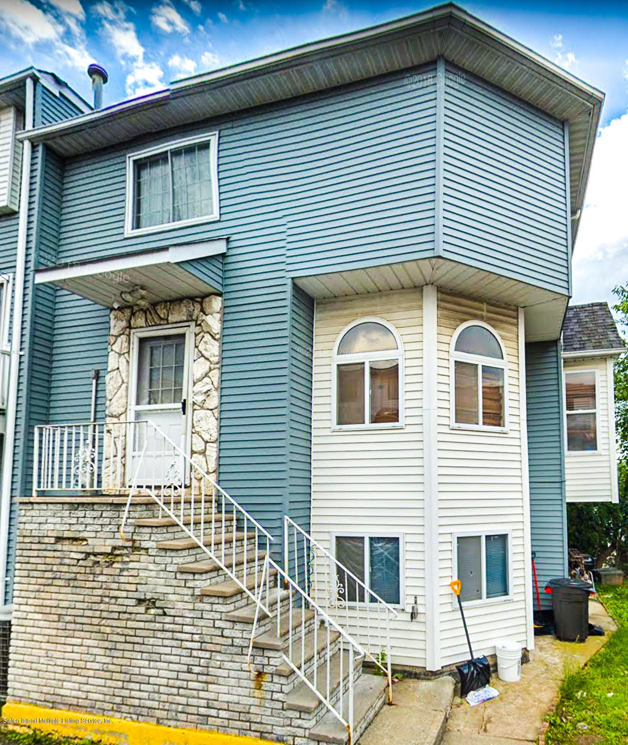 Single Family - Attached in Heartland Village - 86 Country Drive S Drive  Staten Island, NY 10314