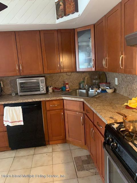 Two Family - Detached 371 Montreal Avenue  Staten Island, NY 10306, MLS-1141069-19