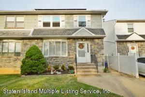 11 Ashwood Court, Staten Island, NY 10308