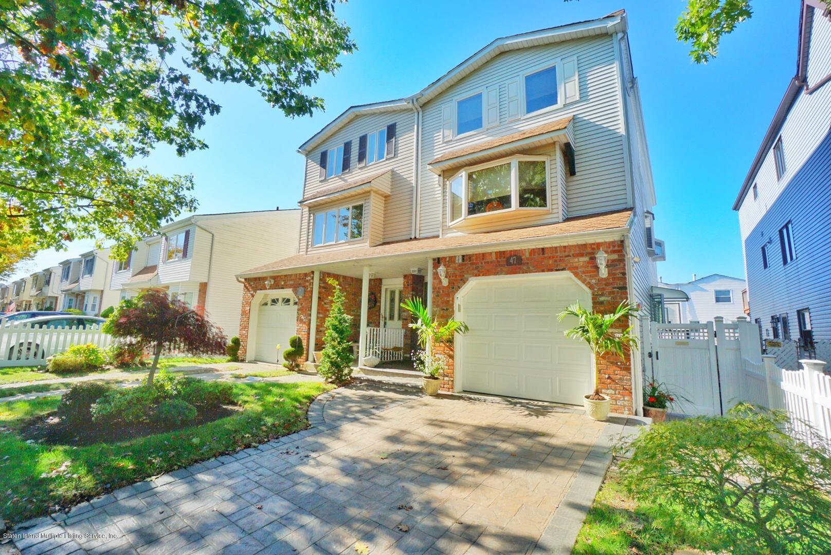 Single Family - Semi-Attached 47 Ilyse Court   Staten Island, NY 10306, MLS-1141335-2
