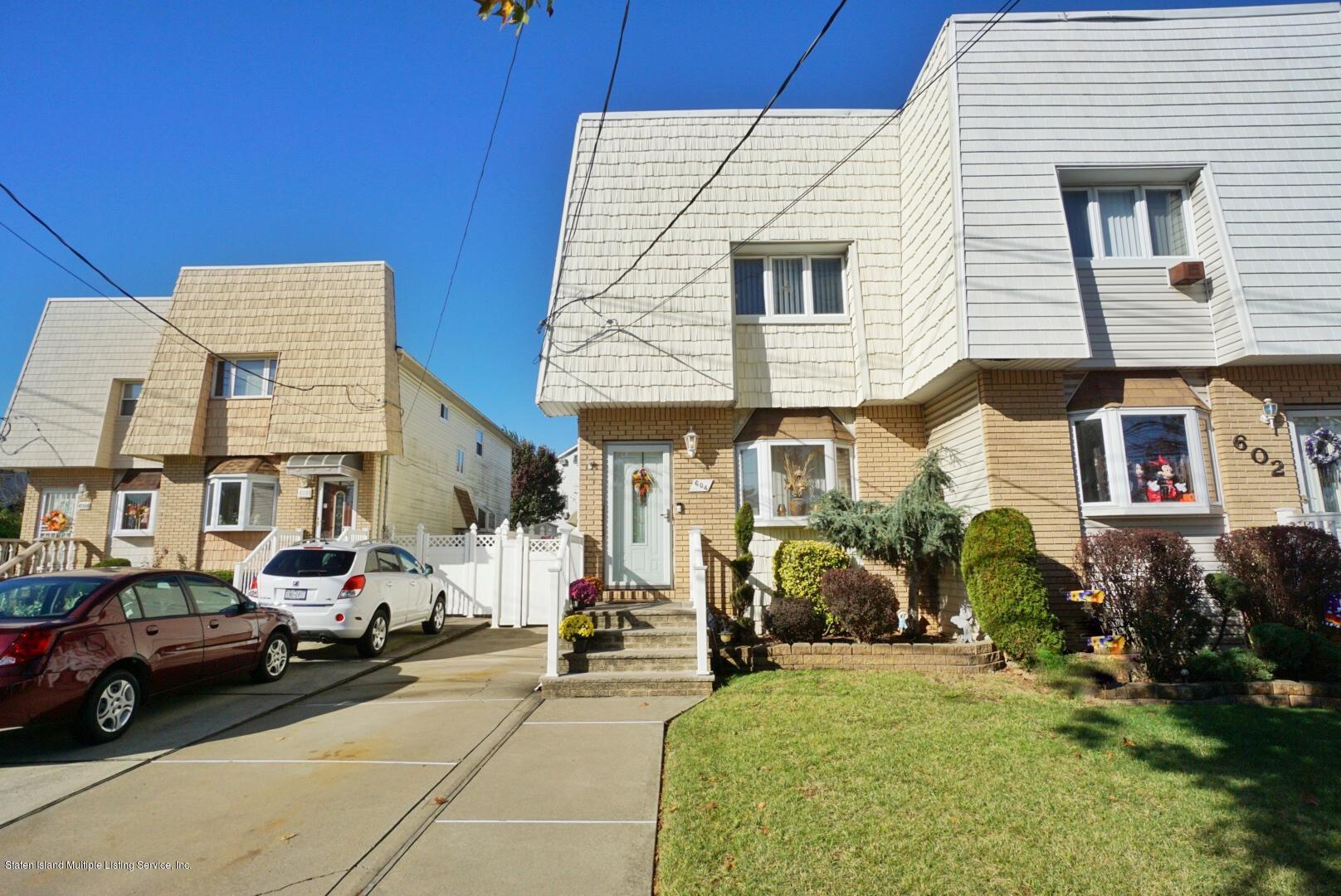 Single Family - Semi-Attached 604 Drumgoole Road  Staten Island, NY 10312, MLS-1141487-2