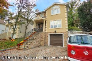 11 Oceanview Place, Staten Island, NY 10308