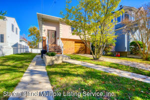 197 Currie Avenue, Staten Island, NY 10306