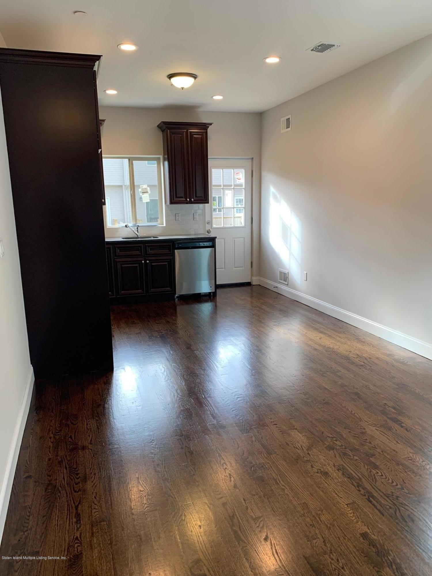Single Family - Semi-Attached 56 Confederation Place  Staten Island, NY 10303, MLS-1140983-4