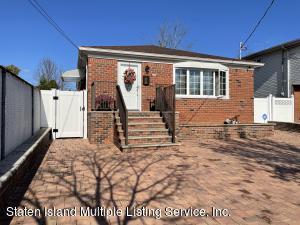 261 Vogel Avenue, Staten Island, NY 10309