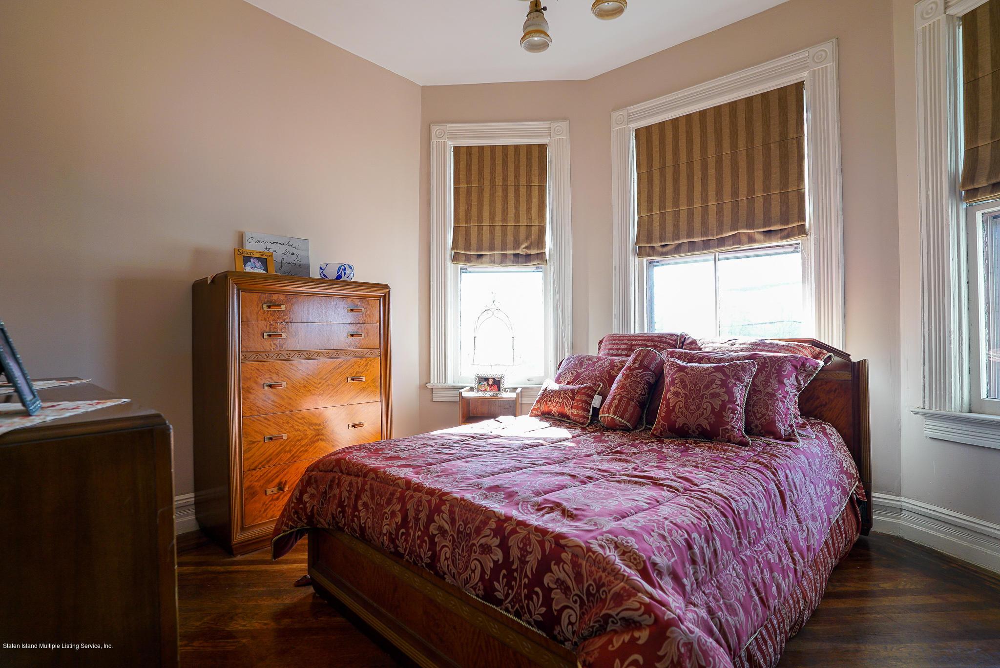 Single Family - Detached 309 Guyon Avenue  Staten Island, NY 10306, MLS-1142302-26