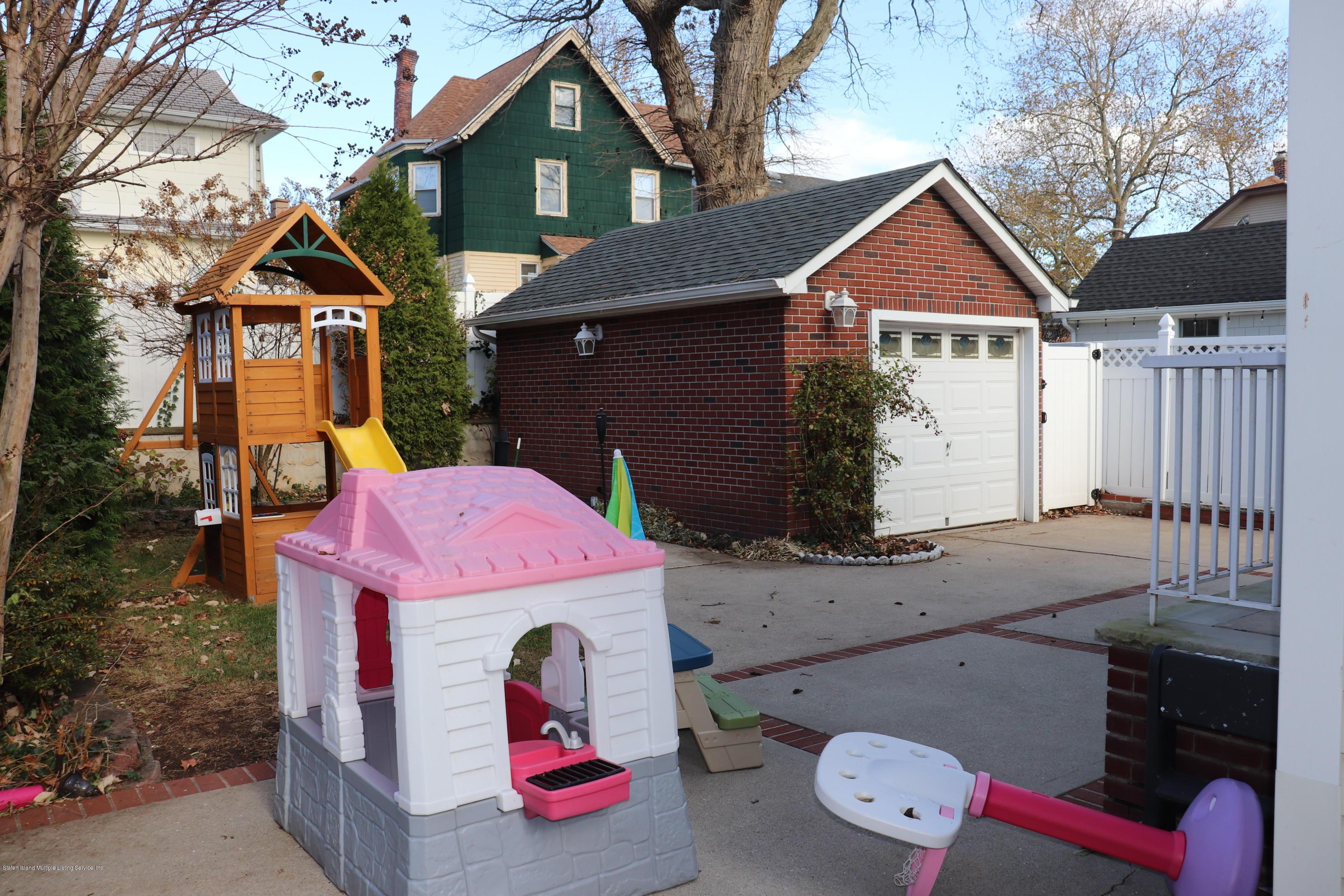 Single Family - Detached 19 Elmira Avenue  Staten Island, NY 10314, MLS-1142318-25