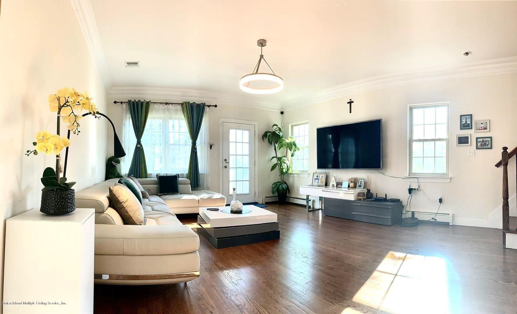 Single Family - Semi-Attached 8 Sweetgum Lane  Staten Island, NY 10314, MLS-1142354-4
