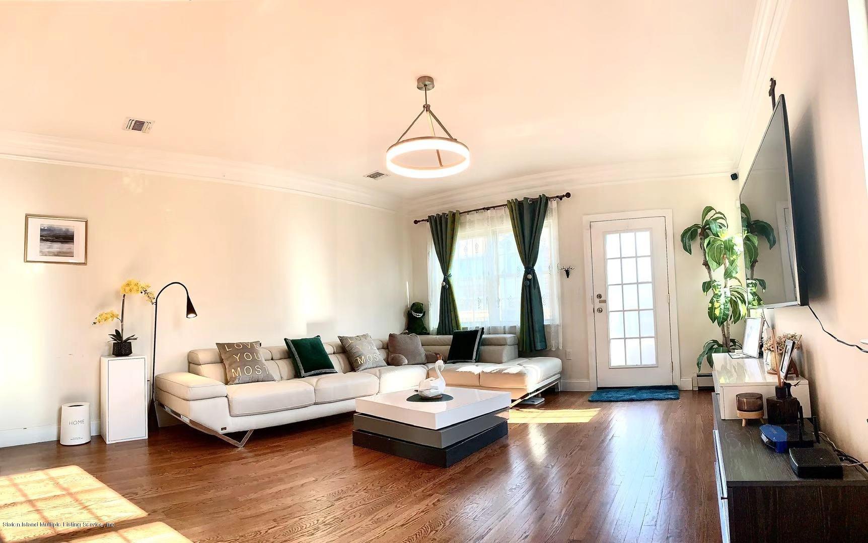 Single Family - Semi-Attached 8 Sweetgum Lane  Staten Island, NY 10314, MLS-1142354-3