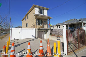 448 Neckar Avenue, Staten Island, NY 10304