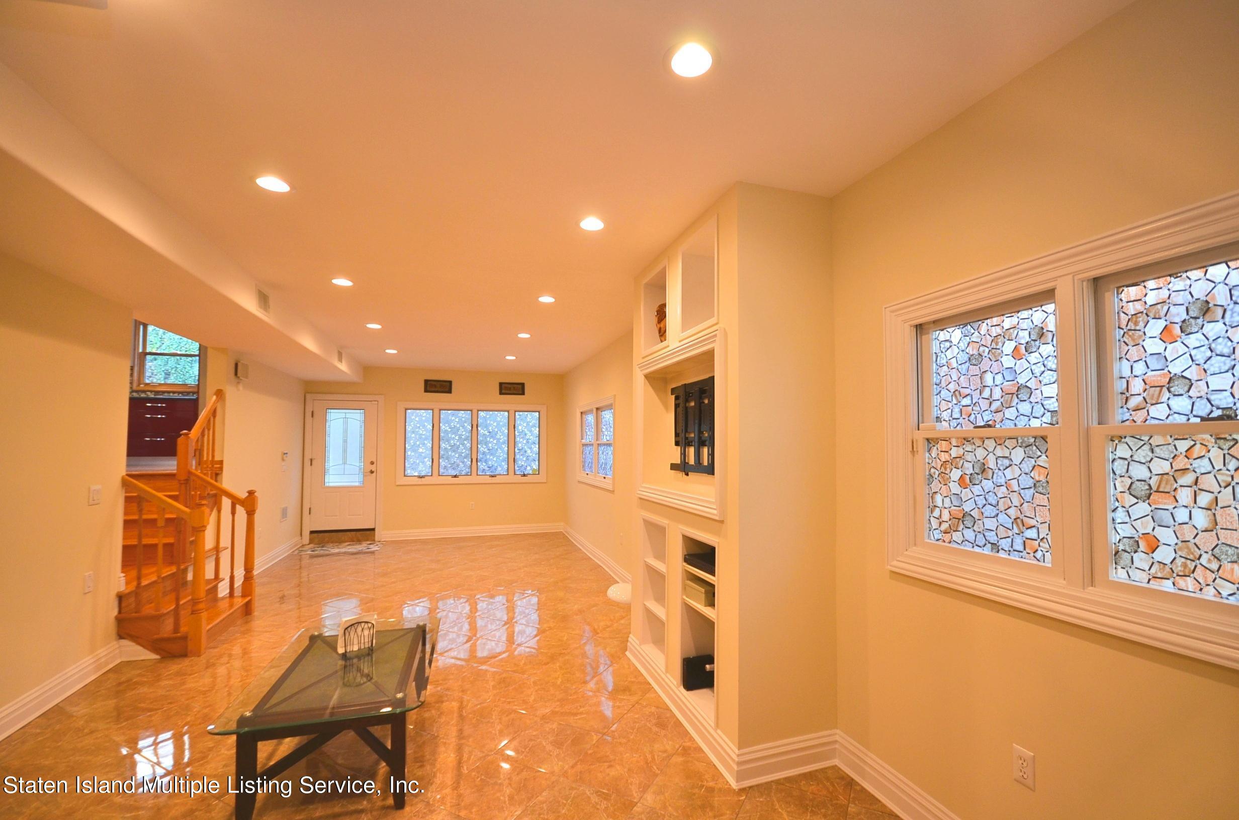 Single Family - Detached 48 Ocean Terrace  Staten Island, NY 10314, MLS-1142240-25