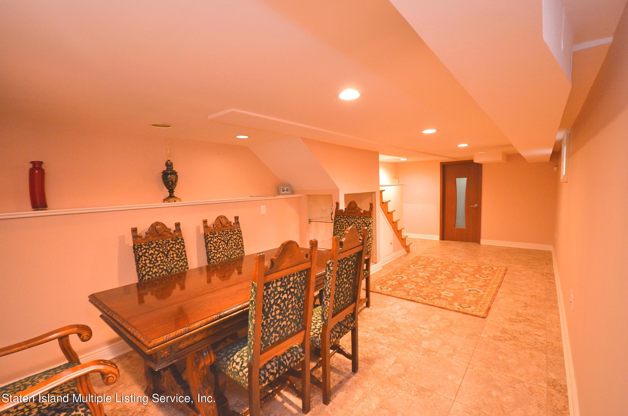 Single Family - Detached 48 Ocean Terrace  Staten Island, NY 10314, MLS-1142240-31